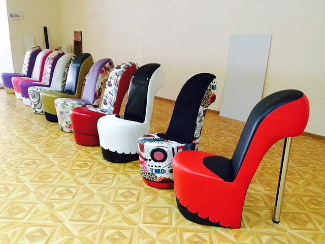 Кресло туфельку